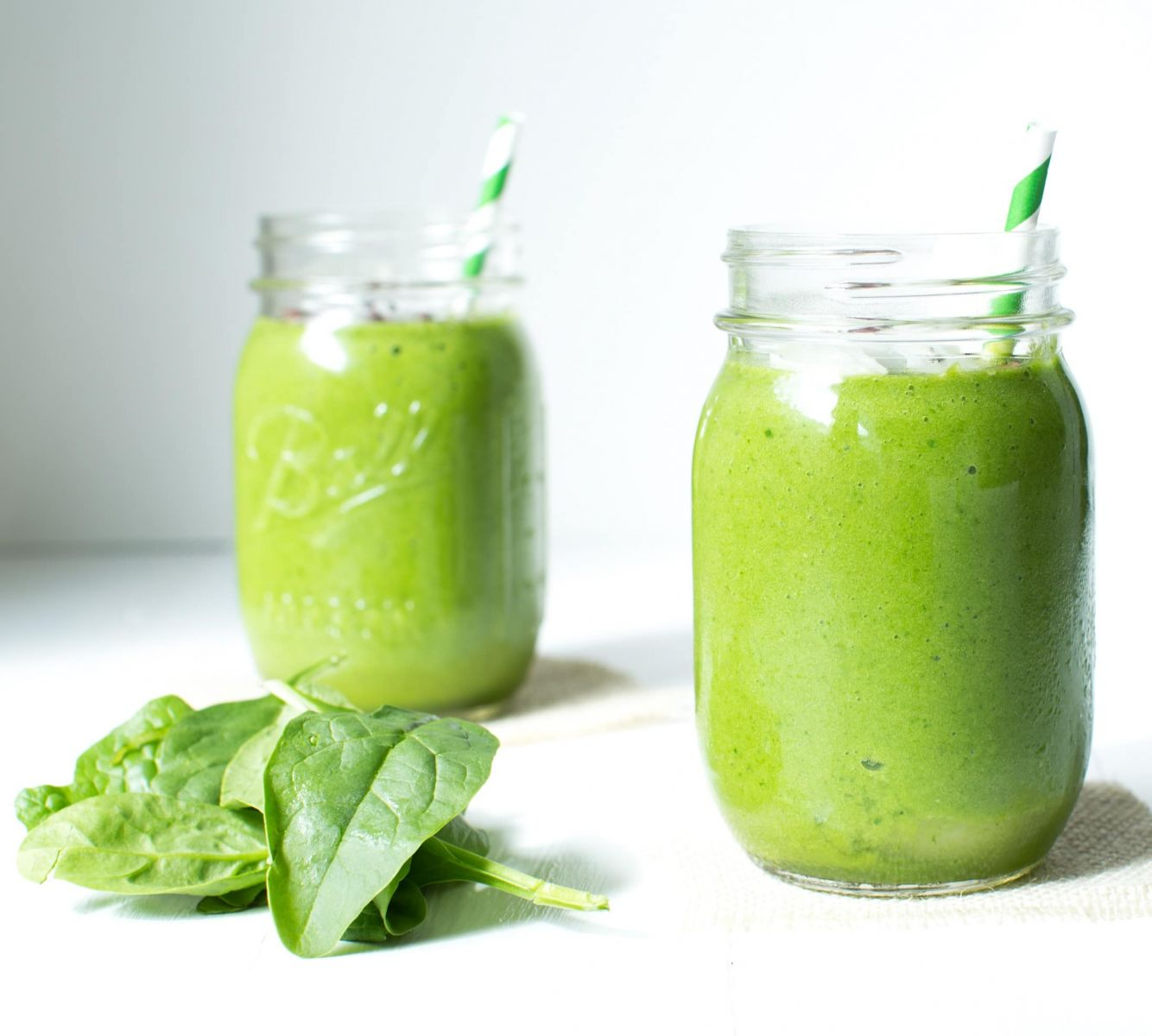 SUPER SPINACH tropical green smoothie | organicgirl